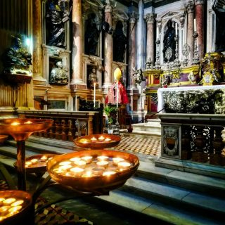 Napoli Cappella Tesoro san Gennaro foto Maria Principe Donna Energia
